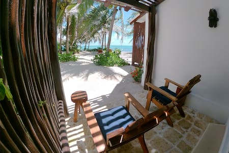 Casa Colibrí Tankah - 1. Oceanfront room