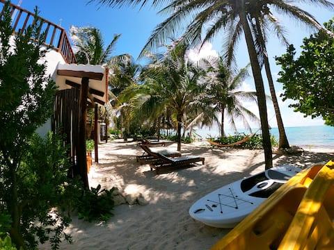 Casa Colibrí Tankah - 2. Oceanfront room