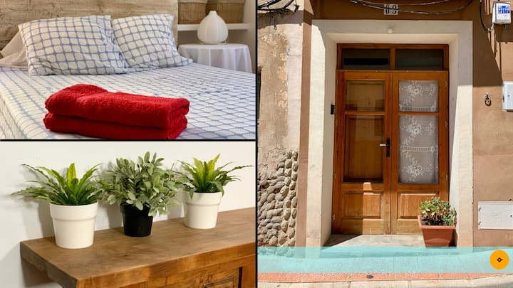 Rustic Home. Mountain Views On The Costa Blanca