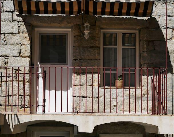 Logement tout confort 42 m², proche de Sartene