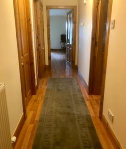 Hallway is 113cm wide