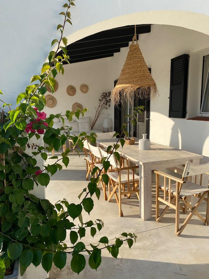 BiniFa-Casa renovada con piscina privada Binibeca