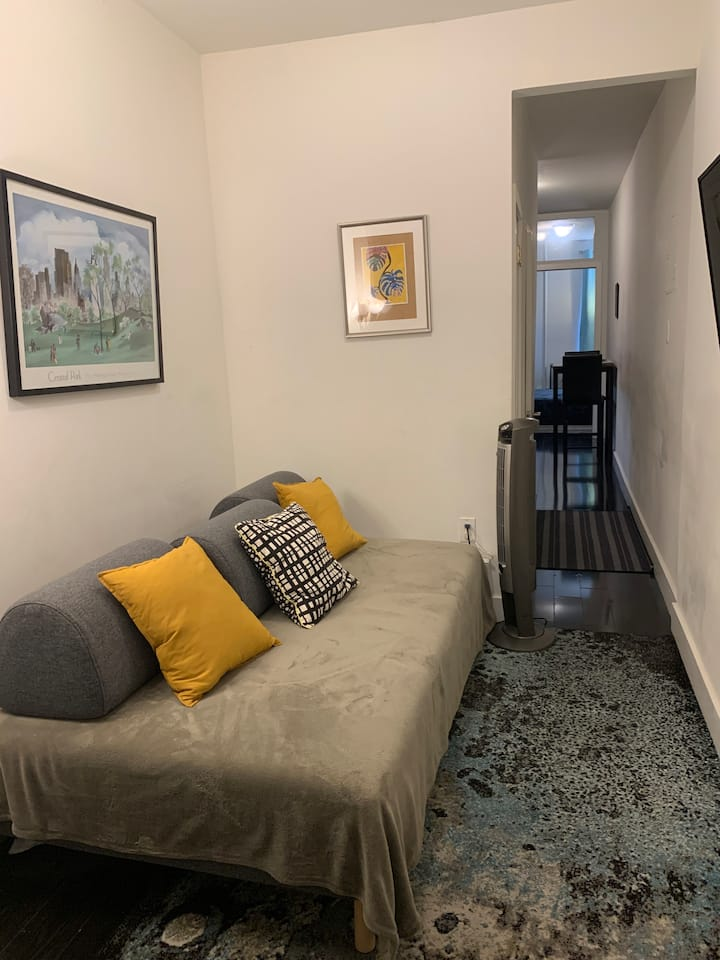 Spacious 2 beds apt in Hell's Kitchen 5ppl