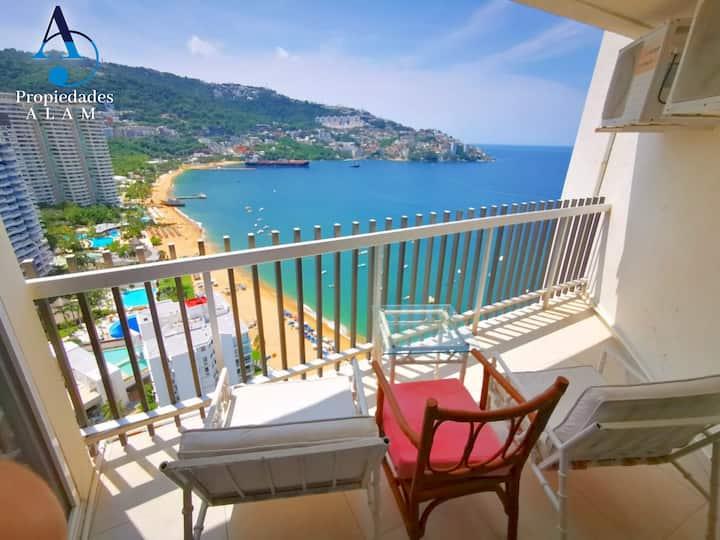 Impecable suite a orilla del mar en Costera. 24