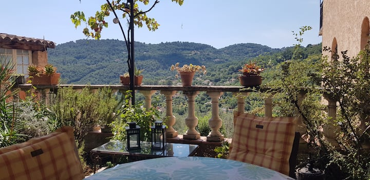 Upper Garden Apartment in La Bastide st Christophe