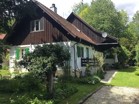 Villa Matilda - Holiday house in Riederau/Ammersee
