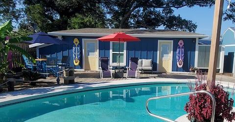 Ivy Palms Retreat (¡Casa privada en la piscina!)