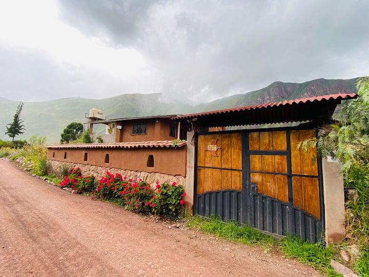 Habitación TRENZA en casa de campo en el Valle
