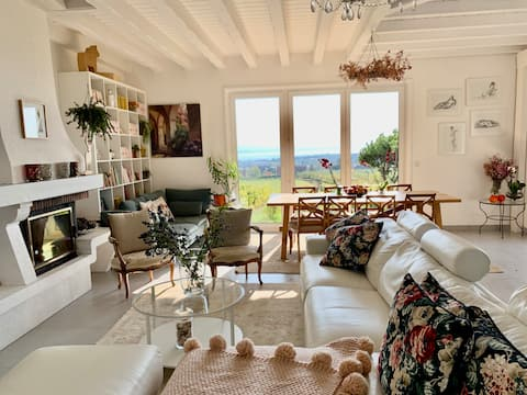 Beautiful room in vineyards #2