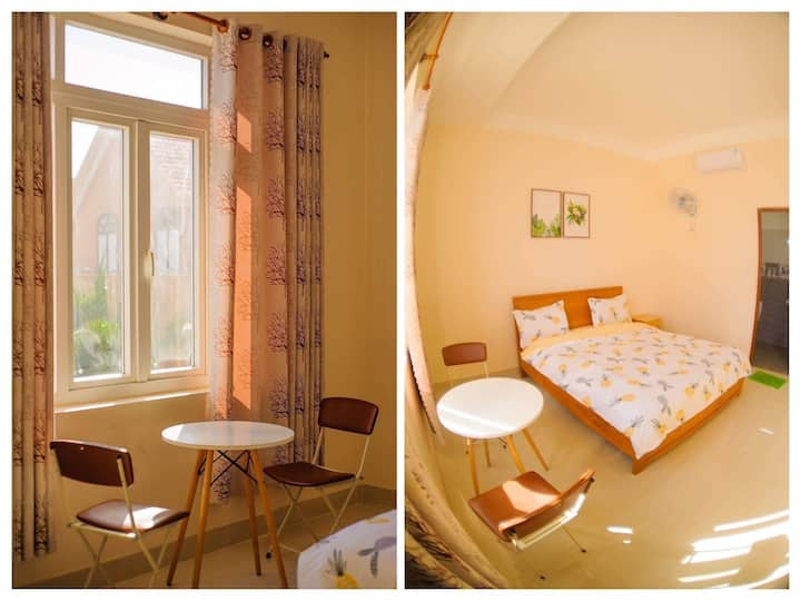 215.Beautiful room with garden view (4 min to sea)