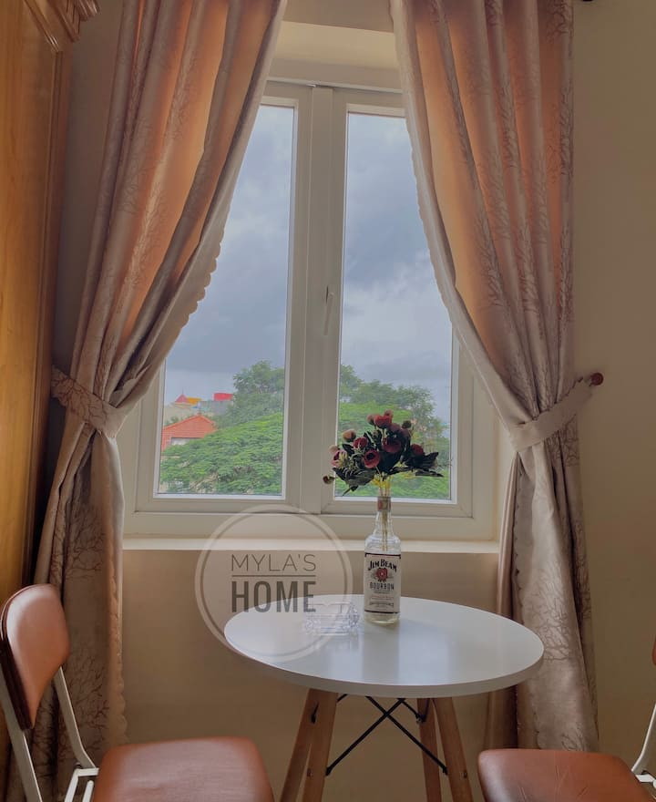 217.Beautiful room with garden view (4 min to sea)