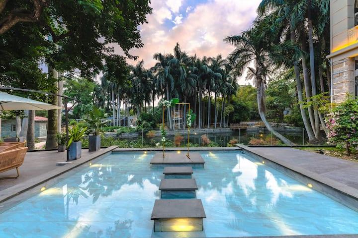 鼓浪屿超大花园泳池,临近内厝澳码头、美华沙滩、日光岩、菽庄花园等景区设计师大床房