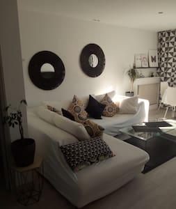 Très Bel appartement décoré avec goût.