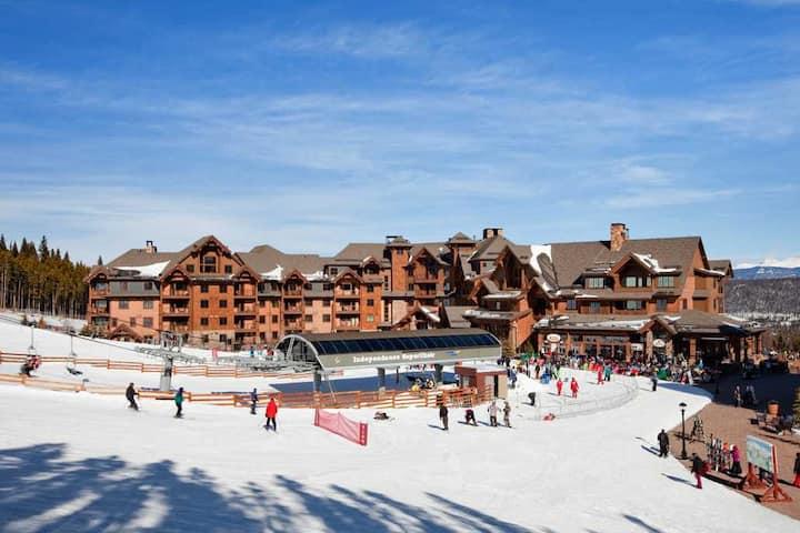 Breckenridge Ski In/Ski Out 2 BR Condo-Peak 7