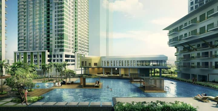 #S1 Luxury Condo Solinea 26H / Across Ayala Center