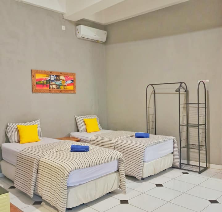 Family Room in the centre city (malioboro)