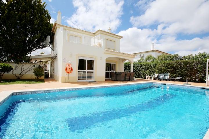 Vila Oásis, Swim Pool, Jacuzzi, Tennis, near Golf