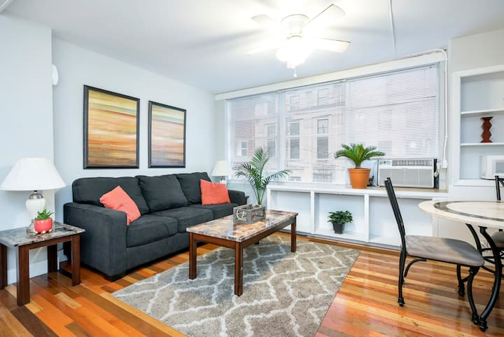 Private Short North 1 Bed in City-Center