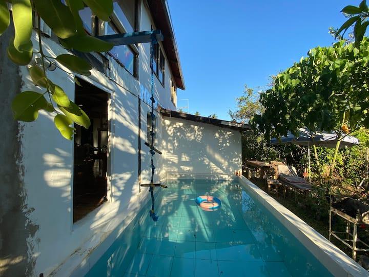 Pool Inn El Nido