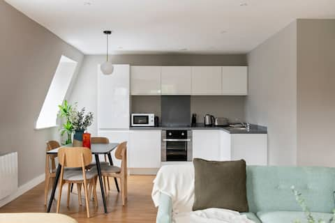 Cove Minshull Street One Bedroom Apartment