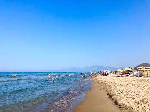 靠近大海,距那不勒斯、羅馬、蓬貝幾公裏...