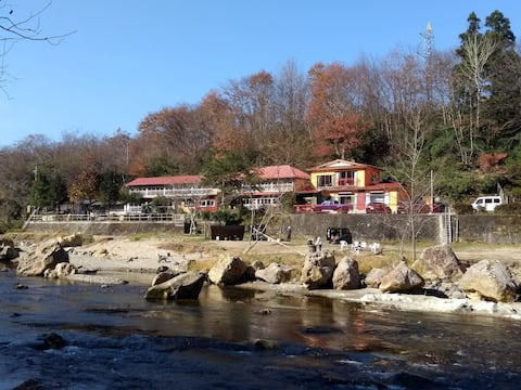 ONSEN!! ♨️ Akiu-Canada 鴻の巣温泉-新湯 Retreat and Camp