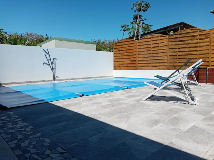 Neuf standing climatisée piscine privée chauffée