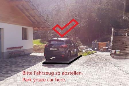 Tempat meletak kereta untuk orang kurang upaya