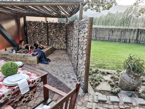 Under Oak Cottages: Anne's Favorite