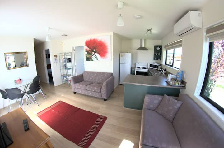 Private Apartment Close to Christchurch Airport