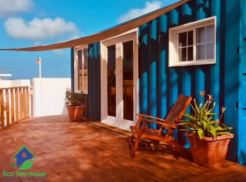 """LA CASITA Aruba"" Tiny House (2 Bds) close to sea"