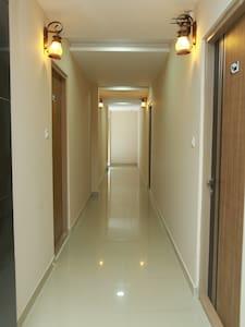 寬敞的走廊