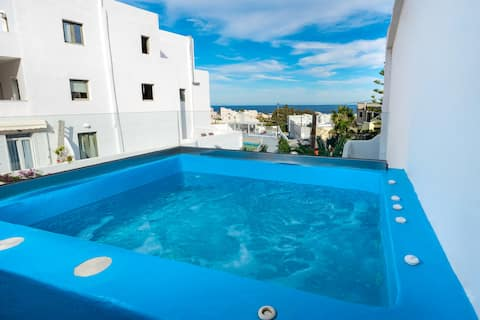 The Muse 8-Suite_Outdoor  Jacuzzi_Seaview