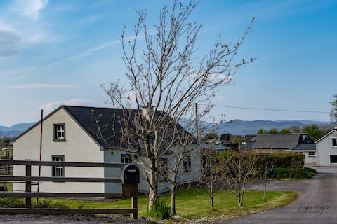 Rossbeigh Strand, House at Horse riding centre