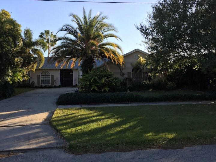 Paradise Found - Tarpon Springs, FL