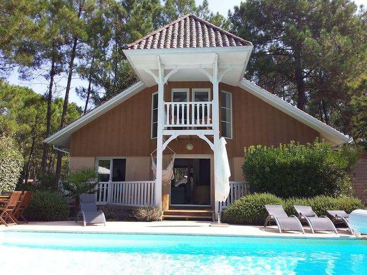 Villa de standing, 3 ch, piscine chauffée wifi