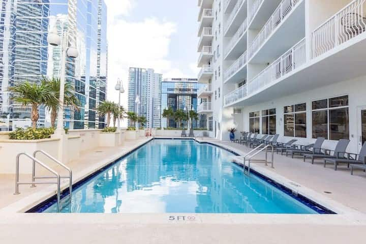 ☀Beautiful 2BR Brickell🏝Bay Paradise Pools Open!☀