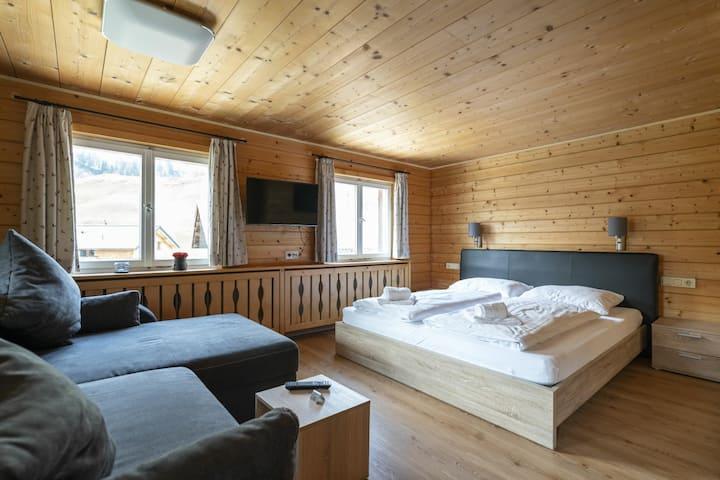 Bergwelt-M - Familienzimmer Sonnenzimmer