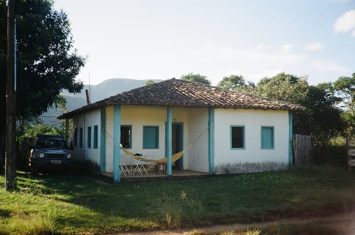 Serra dos Alves - MG. Casa típica de vilarejo