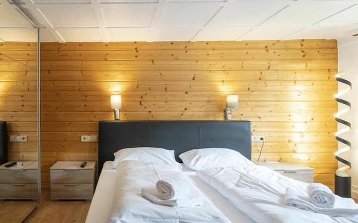 """Bergwelt-M - Doppelzimmer """"Paulazimmer"""""""