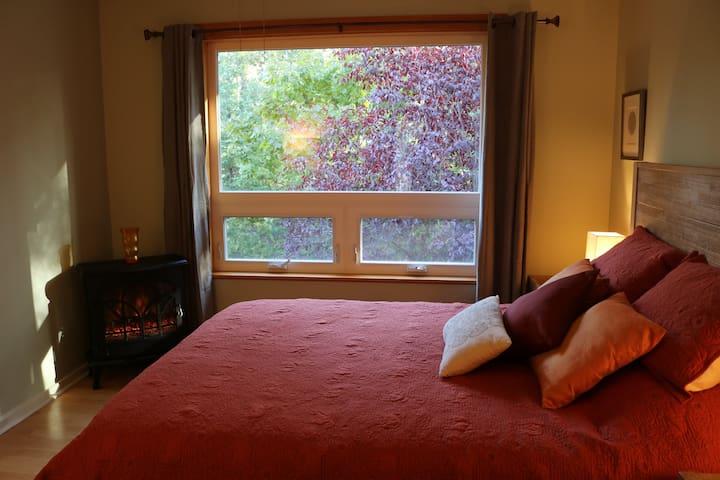 Earth Elements Suite Bedroom