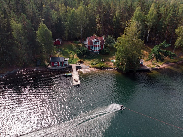 Private sea villa, two sea houses and sauna
