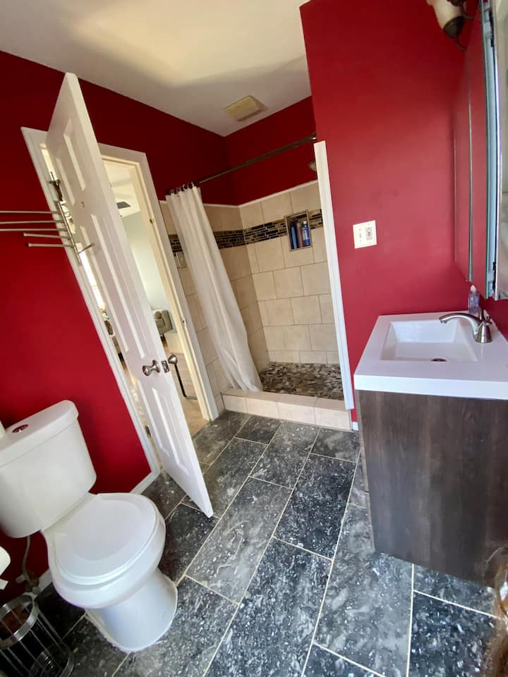 Two remodeled rooms own bathroom in sandy spring
