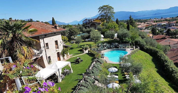 Family Apartment on Lake Garda - Cascina Crocelle
