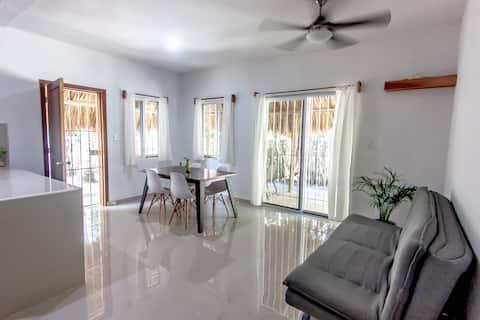 ❤New house w roof terrace, AC, wifi, beach@350m