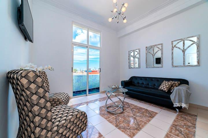 Real Havana Luxury Apartment / WIFI
