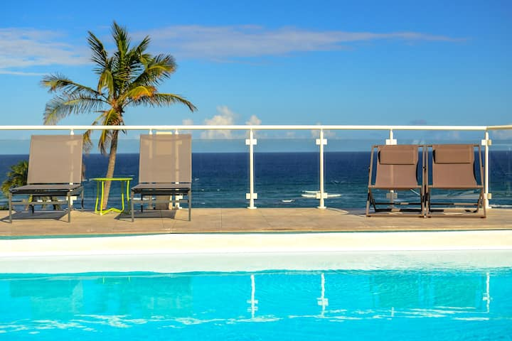 V2 Dream panorama of the ocean