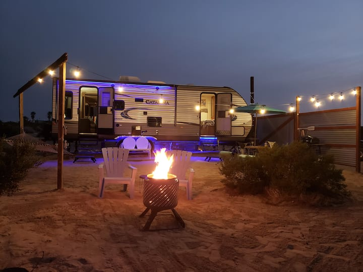 Mojave Sunrise Camper & Views on 5 Acres Near JTNP