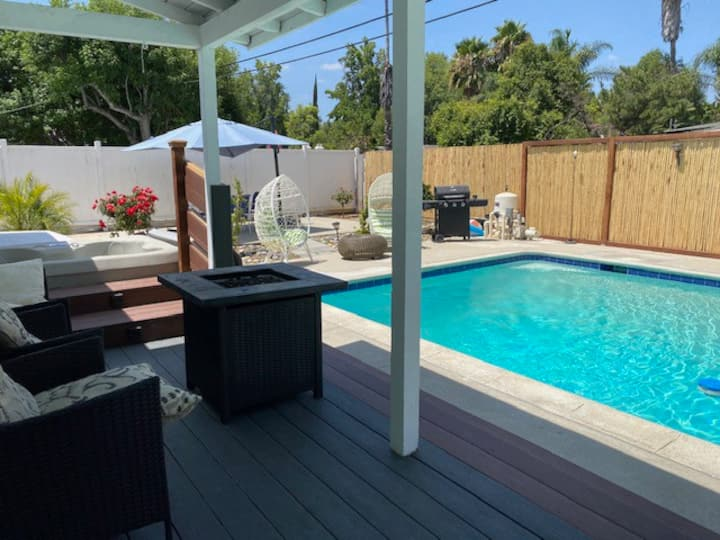 House w/Private heated Pool at Warner Center