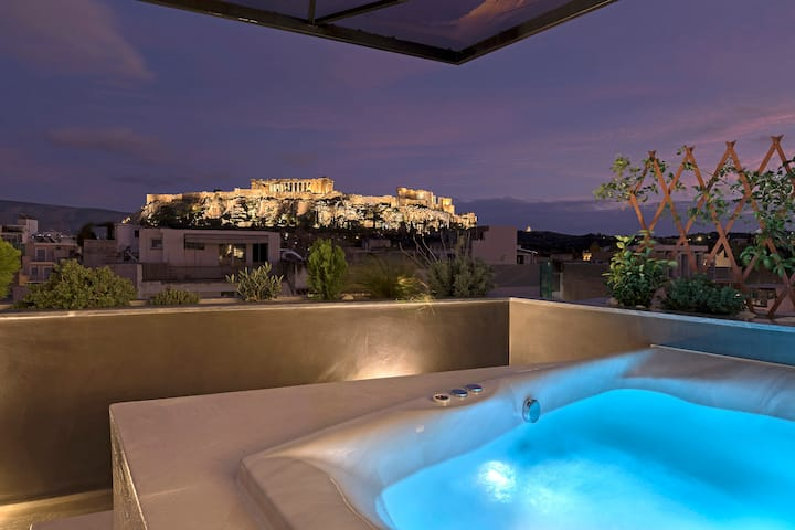 Acropolis View Jacuzzi Apartment-Athenian Lofts